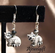 Realistic Raccoon Earrings 11046 | ajewelgift - Jewelry on ArtFire