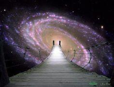 L'IO SUPERIORE è ciò che sei al di là del tempo e dello spazio e che crea un legame tra il tuo essere illimitato e il tuo essere limitato  - Fausto Novelli - Manuale del Risveglio -