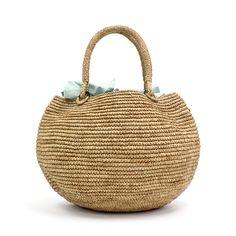 フランスのブランド、Sans Arcidet(サン アルシデ)の代表的なアイテムのひとつ、TOURE Bagと呼ばれるラウンドタイプのかごバッグ。