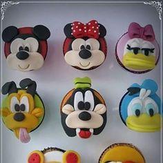 Doces personalizados da Disney.  Vejam todas as opções no nosso blog: http://dglace.blogspot.com.br