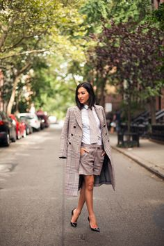 Nicole Warne - matching blazer and shorts with plain top