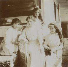 OTMA on board of Mezhen. May, 1913.