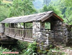 Covered bridge in Nepal. Volunteer Nepal charity non profit Service walks and projects Spring 2011 Covered bridge in Nepal. Volunteer Nepal charity non profit Service walks and projects Spring 2011 Country Barns, Old Barns, Country Roads, Nepal, Old Bridges, Country Scenes, Over The River, Belleza Natural, Covered Bridges