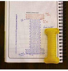 Alfabeto crochet - I Crochet Alphabet Letters, Crochet Letters Pattern, Letter Patterns, Alphabet And Numbers, Crochet Patterns, Crochet Diy, Crochet Amigurumi, Crochet Home, Amigurumi Patterns