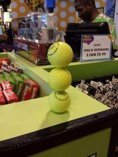 É apaziguador olhar para estas bolas desta forma e saber que não vão cair por estarem equilibradas n... - All Rights Reserved - Imgur/reddit