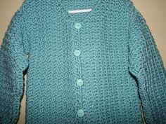 Sueter con Botones para Niña Crochet parte 1. Sueter para niña de 8 años y tiene la opcion de tejerlo para cualquier talla muy facil, este tejido se puede usar para colchita de bebe o cualquier tejido reversible. Se tejio con 3 madejas de estambre. Crochet For Kids, Crochet Baby, Knit Crochet, Crochet Videos, Baby Sweaters, Crochet Patterns, Men Sweater, Pullover, Knitting
