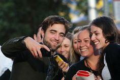 Robert Pattinson, amor a primera vista con sus fans australianas