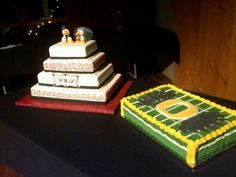 Duck fan theme for my nephews wedding. I hand sculpted the duck Bride & Groom. Oregon Grooms cake.