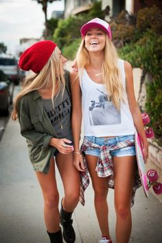 Girl fashion, surfer girl clothes, surfer girl outfits, summer outfits for Fashion Mode, Look Fashion, Teen Fashion, Surfer Girl Fashion, Surfer Girl Outfits, Petite Fashion, Surfer Girl Clothes, Summer Outfits For Teen Girls Hipster, Surfer Girl Hair