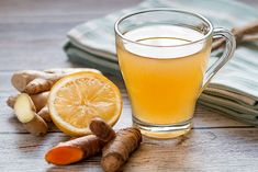 Natural Detox Drink To Clean Your Liver And Lose Weight In 72 Hours - Detox Drinks fat burning Clean Your Liver, Detox Drink Before Bed, Bebidas Detox, Health Benefits Of Ginger, Tea Benefits, Remove Belly Fat, Natural Detox Drinks, Ginger Water, Natural Cold Remedies