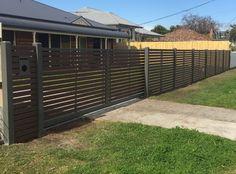 Modwood fence with sliding gate
