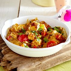 Indischer Klassiker in würziger Soße: Selbst gemachter Paneer in Tomaten-Koriander-Curry