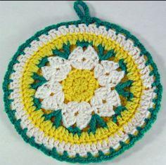 Daisy Potholder free crochet pattern