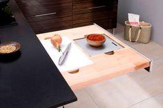 Kitchen Storage   Mini plan de travail Kitchen Time, Mini Kitchen, Wooden Kitchen, New Kitchen, Antique Wooden Chairs, Small American Kitchens, Light Wood Kitchens, Modern Kitchen Design, Kitchen Colors