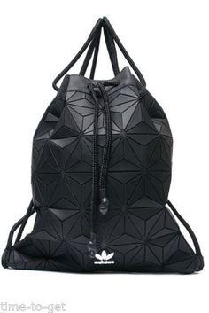 Adidas-Originals-3D-Bucket-Gym-Sack-x-Issey-Miyake-AY9352-BackPack-Amazing-LOOK
