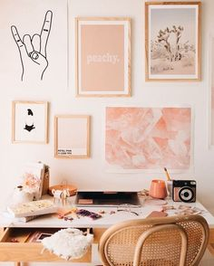 Most Popular Modern Home Office Design Ideas For Inspiration - Modern Interior Design My New Room, My Room, Pink Home Offices, Pastel Home Decor, Décor Boho, Boho Chic, Home Office Design, Home Living, Wall Collage