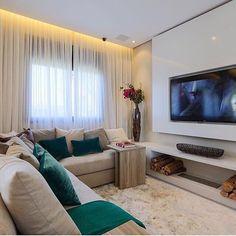 Olheeeem só oq encontrei no @maisinteriores pra vcs!! Gente uma sala simples mas cheia de charme! Quem não ama?? Lindo Projeto Chris Silveira Arquiteta