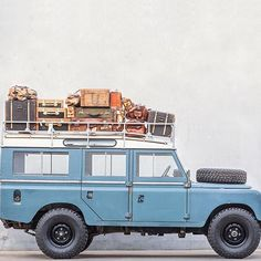 You can actually buy this one ! Luggage and all We bought this one years ago fo… You can actually buy this one ! Land Rover Off Road, Offroader, Range Rover Classic, Land Rover Defender 110, Expedition Vehicle, Lifted Ford Trucks, Jeep Cars, Bugatti Veyron, Toyota Land Cruiser