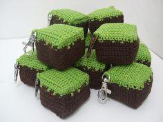10 Awesome Minecraft Makes Crochet Crafts, Yarn Crafts, Crochet Toys, Crochet Projects, Knit Crochet, Crochet Stitches, Diy Crafts, Minecraft Crochet Patterns, Minecraft Pattern