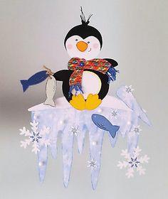Fensterbild Pinguin auf Eiszapfen - Winter -Dekoration - Tonkarton!