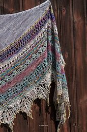 Ravelry: Changeling pattern by Boo Knits