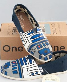 Gifts for Her:  Splurge on Star Wars Handmade R2D2 TOMS Shoes by Star Wars Handmade @ Etsy
