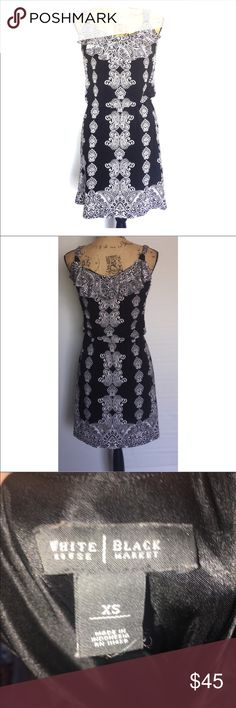 🎉CRAZY PRICE DROP🎉 White House black market Paisley black and white White House black market dress gathers that wastes size extra small ruffians at top White House Black Market Dresses