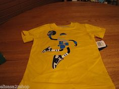 Boy's Youth 5 Nike Living legend maize yellow basketball T shirt TEE NEW NWT