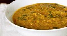 מנה מיוחדת ומפתיעה של נזיד עדשים הודי כתום וטעים. הכנתה פשוטה להפליא, והיא מומלצת במיוחד לחובבי אוכל הודי ובכלל...