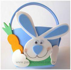 Moldes: Cestitas de Pascua Moldes de cestitas de Pascua en goma eva, conejito con zanahoria, para llenarla de dulces y huevitos de Pascua.