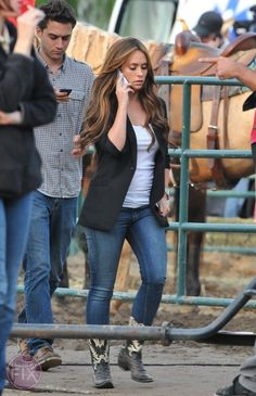 Jennifer Love Hewitt Goes to the Rodeo for 'The Client List'