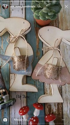 Easter decoration Spring wood crafts diy ideas 42 Ideas for 2019 Organic Landscaping Techniques Many Spring Projects, Easter Projects, Spring Crafts, Easter Crafts, Holiday Crafts, Wooden Crafts, Diy And Crafts, Easter Holidays, Wood Projects