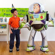 Giant gliding Buzz Lightyear balloon! Makes photo memories of your birthday star's Toy Story party go on to infinity and beyond!