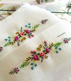 new brazilian embroidery patterns Hand Embroidery Videos, Embroidery Flowers Pattern, Hand Embroidery Stitches, Hand Embroidery Designs, Embroidery Techniques, Sewing Stitches, Embroidery Kits, Embroidery Needles, Hand Stitching