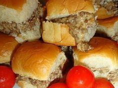 Combine 1lb hamburger 1lb sausage and Velveeta...great on slider buns or the sweet Hawaiian ones!! Perfect for Football Season!