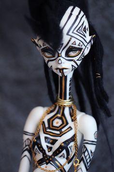 Character Inspiration, Character Art, Arte Horror, Wow Art, Creepy Dolls, Doll Repaint, Monster High Dolls, Ooak Dolls, Custom Dolls