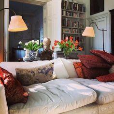 Home Living Room, Living Room Decor, Living Spaces, Country House Interior, Home Interior Design, Country Homes, Cosy Interior, Living Room Inspiration, Family Room