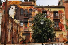 Breathtaking street art by El Nino de las Pinturas. Give me a wall and a ladder. Let me try.