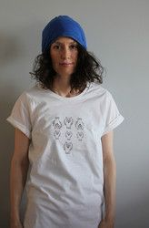 Untamo Rullahiha t-paita. Luomupuuvillaa.Ladies Untamo t-shirt. Ecologically and ethically produced. Organic cotton.