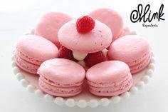 ¿Qué te parece comenzar la semana con el rico sabor de la frambuesa? #Mink #Macarons