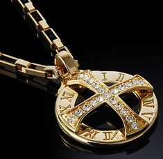 "18k Gold Nano Injection Plated Mens Cross Crystal Pendant Chain Necklace #48 • Highest grade delicate and extraordinary design and stunning 18k yellow gold plated pendant . • High Technology nano injection system 18k Genuine Gold has been plated by high technology nano injection system, Very strong durability against discoloration or peeled Pendant Size : 1.18"" X 1.18"" (3.0cm x 3.0cm) Necklace : 17.5"" (44.5cm)"