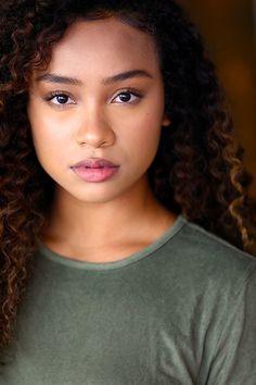 Headshot Poses, Actor Headshots, Headshot Ideas, Black Actors, Beautiful Black Girl, Unique Faces, Mixed Girls, Portraits, Portrait Art