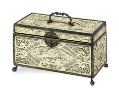 Love this box! Tea Canisters, Tea Tins, Coffee Box, Tea Box, Antique Boxes, Tea Caddy, Just Dream, Perfume, Cool Artwork
