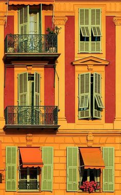colours in Nice,