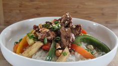 Clique ici pour voir la recette ou lire cet article Pot Roast, Meat, Ethnic Recipes, Food, Sauce, Gluten, Jelly, Cooking Food, Chinese Recipes