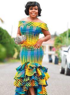latest ankara styles 2018 for ghanaian ladies fashion African Fashion Ankara, African Fashion Designers, Latest African Fashion Dresses, African Inspired Fashion, African Dresses For Women, African Print Dresses, African Print Fashion, Africa Fashion, Ghanaian Fashion
