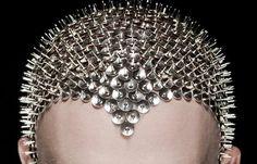 "A ""Bald"" Art Movement – Artist Uses His Head in the Name of Art Futuristic Makeup, Aerial Costume, Bald Cap, Bald Heads, Fantasy Makeup, Creative Makeup, Body Painting, Heavy Metal, Beauty Makeup"