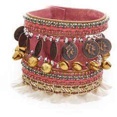 Deepa Gurnani Deepa by Deepa Gurnani Tawny Bracelet (4.880 UYU) ❤ liked on Polyvore featuring jewelry, bracelets, gold, bead jewellery, cuff jewelry, magnet jewelry, magnetic jewelry and beading jewelry