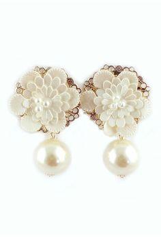 ROMWE | ROMWE Flower Embellishment Beaded Pendant Earrings, The Latest Street Fashion