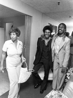 """""""Aretha Franklin, her son, Clarence, and Stevie Wonder. Stevie Wonder, Music Icon, Soul Music, Detroit Michigan, Afro, Tennessee, Vintage Black Glamour, Old School Music, Famous Black"""